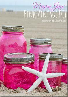 Pink Mason Jars DIY with Mod Podge and Food Coloring Spray Paint Mason Jars, Pink Mason Jars, Pot Mason, Vintage Mason Jars, Mason Jar Vases, Bottles And Jars, Mason Jar Diy, Mason Jar Crafts, Glass Jars