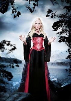 Liv Kristine (from the German/Norwegian symphonic metal band LEAVES' EYES) - Femme Metal Webzine