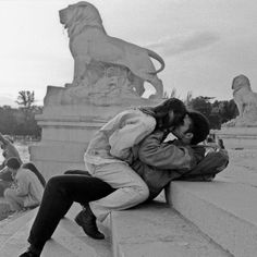 Image uploaded by Cat. Find images and videos about love, black and white and couple on We Heart It - the app to get lost in what you love. Cute Relationships, Relationship Goals, Photos Black And White, The Love Club, Young Love, Lovey Dovey, Hopeless Romantic, Couple Pictures, Cute Couples