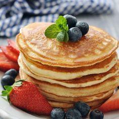 """Gefällt 1,535 Mal, 16 Kommentare - Low Carb Rezept Des Tages App (@lowcarb_rezept_des_tages_app) auf Instagram: """"Protein Quark Pancakes Zutaten (4 Portionen) - 10 Eiklar - 300g Magerquark - 125g Proteinpulver -…"""""""