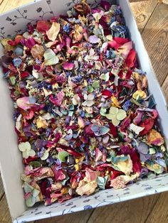 Confetti in 2 baskets (no cones or bags), after the ceremony 1 guest from each side walks down the row with the baskets and everyone grabs a handful Diy Wedding, Wedding Flowers, Dream Wedding, Wedding Ideas, Handmade Wedding, Wedding Favors, Wedding Cakes, Wedding Invitations, Biodegradable Confetti