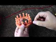 Loom Knit: Modified Drawstring Cast on - YouTube