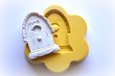 0521 Rounded Top Wood Textured Birdhouse Silicone by MasterMolds, $6.00