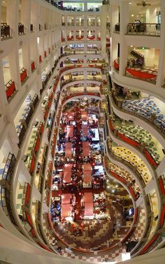 India's largest shopping mall opens in Kochi, Kerala | Photo Gallery - Yahoo! News India