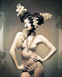Dark beauty magazine just stunning! Creative Hairstyles, Cool Hairstyles, Avant Garde Hair, Dark Beauty Magazine, Extreme Hair, Bride Of Frankenstein, Fantasy Hair, Hair Shows, Crazy Hair