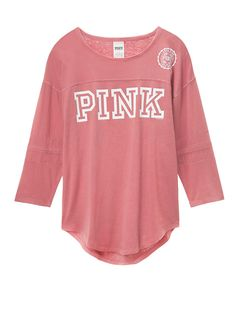 Victoria's Secret PINK✨XS✨Tee Size: Extra Small Color: Soft Begonia Print Graphics Curved Hem Imported Cotton Condition: New with Tags ✨Price is Firm✨ ~ Thank you for looking ~ Vs Pink Outfit, Pink Outfits, Cool Outfits, Casual Outfits, Fashion Outfits, Victoria Secret Outfits, Victoria Secret Pink, Love Pink Clothes, Cozy Clothes
