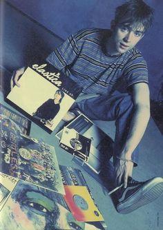 Damon Albarn from Blur, Gorillaz, The Good The Bad and The Queen Damon Albarn, Blur Band, Graham Coxon, Jamie Hewlett, Liam Gallagher, Britpop, Pretty Men, Music Bands, Music Artists