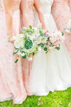 Elegant spring wedding bouquets: http://www.stylemepretty.com/2016/09/19/pastel-spring-wedding-at-lowndes-grove/ Photography: Dana Cubbage - http://danacubbageweddings.com/