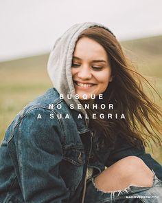 """""""Deleite-se no Senhor e ele atenderá aos desejos do seu coração."""" Salmos 37:4  #30daysofbiblelettering () maisoverflow.com  X"""