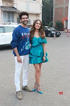 Bollywood Couples, Bollywood Dress, Bollywood Gossip, Bollywood Stars, Bollywood Fashion, Cute Actors, Handsome Actors, Stylish Girls Photos, Girl Photos
