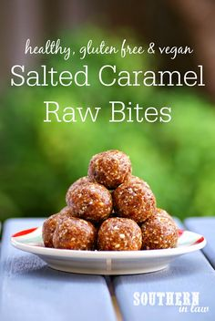 Looking for a healthy sweet treat? These Salted Caramel Raw Bites tastes just like candy but are raw, gluten free, vegan, refined sugar free and totally healthy! They are also freezer friendly and perfect for lunchboxes or on the go snacks! Healthy Vegan Dessert, Raw Vegan Desserts, Healthy Sweet Treats, Healthy Sugar, Raw Vegan Recipes, Vegan Treats, Healthy Sweets, Healthy Baking, Healthy Snacks