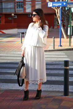 Zara WhiteDress StreetStyle