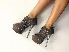 Soo Cutee!  #Shoes , #Heels , #Fashion