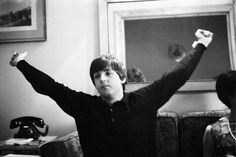 Paul McCartney and unknown lady at the Beatles' hotel room in Barcelona. Photo: Juana Biarnés Beryl Audley Bryden May 1920 – 14 Jul. Paul Mccartney, Ringo Starr, Great Bands, Cool Bands, Sir Paul, My First Crush, The Fab Four, Female Photographers, John Lennon