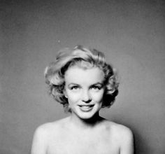 A rare photo of Marilyn by Richard Avedon in May 1957