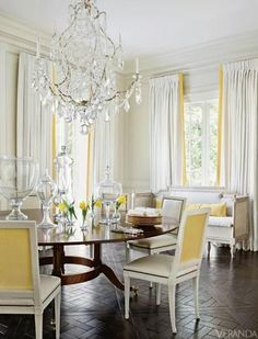 A round dining room table encourages fluid conversation - particularly when entertaining.