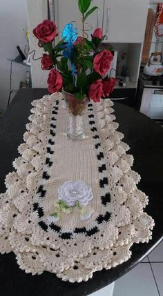 Set of 4 pieces for bathroom wool hook handmade carpet decoration Crochet Doily Rug, Crochet Dishcloths, Crochet Gifts, Crochet Flowers, Crochet Stitches, Crochet Tutu Dress, Woolen Craft, Diy Felt Christmas Tree, Crochet Purse Patterns
