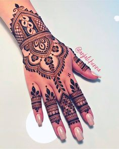 Mehndi Design Offline is an app which will give you more than 300 mehndi designs. - Mehndi Designs and Styles - Hand Henna Designs Henna Hand Designs, Mehndi Designs Finger, Pretty Henna Designs, Indian Henna Designs, Henna Tattoo Designs Simple, Legs Mehndi Design, Mehndi Designs For Fingers, Palm Mehndi Design, Simple Henna