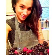 Actress Meghan Markle made a ginger berry crumble for Second Harvest Food Bank as part of our