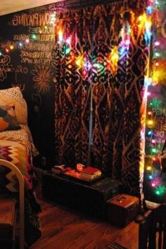 Home Bedroom Living room Hippie Bohemianism Contemplation Lighting Tree Table Furniture, Bedroom Furniture, Next Living Room, Bohemian Bedroom Design, Bedroom Themes, Bedroom Designs, Tree Table, Tree Images, Boho Chic