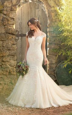 Style #D2434 Sample available at Ellynne Bridal (Lincoln, Nebraska) for National Bridal Sale: July 17th - July 24th 2021. Visit our website or call to book an appointment: (402)-489-7770 Wedding Dresses With Straps, Fit And Flare Wedding Dress, Lace Mermaid Wedding Dress, Wedding Dress Trends, Wedding Dresses Plus Size, Mermaid Dresses, Bridal Wedding Dresses, Wedding Dress Styles, Designer Wedding Dresses