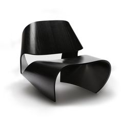 The Cowrie Chair, by Made in Ratio, will intrigue you. How do they do that from one piece of plywood? The curves of this amazing [...]
