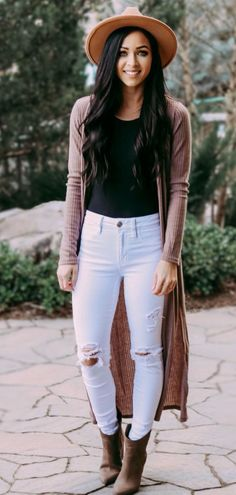 cute spring outfits to update your wardrobe outfits fash Spring Outfits Classy, Simple Winter Outfits, Spring Fashion Casual, Casual Summer Outfits, Outfit Summer, Ladies Dress Design, Fashion Outfits, Fashion Boots, Long Cardigan