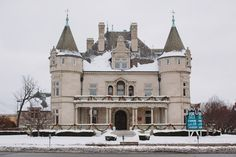 One of Detroit's Greatest Mansions is Back on the Market