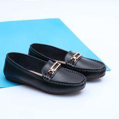 Malaga negru - piele naturala 👉www.custill.ro Men Dress, Dress Shoes, Malaga, Loafers Men, Oxford Shoes, Fashion, Moda, Fashion Styles, Men's Loafers