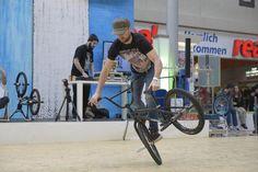 Weltelite beim BMX-Flatland-Wettbewerb im Göttinger Kaufpark