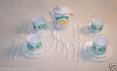 Vintage Cabbage Patch Kids Tea Set Doll Dishes 1983 Pitcher Cups Saucer Plates