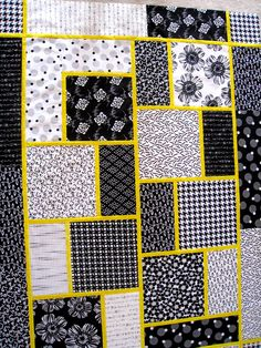 Big Block Quilt. Love the use of yellow in this quilt!