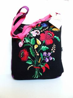 traditional hungarian embroidery bag