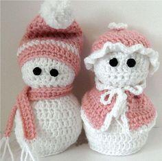 Valentines Day Snow Couple by HookUUpCustomCrafts on Etsy, $25.00