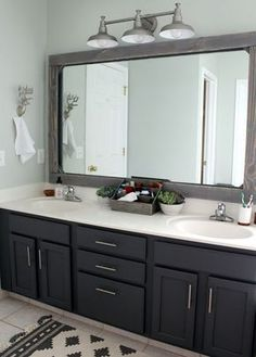 update your dated master bathroom on a $300 budget! Sherwin Williams peppercorn paint on cabinets
