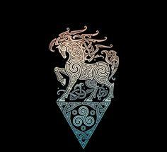Axe Viking, Warrior Fox, Celtic Style T-Shirt. Norse Tattoo, Celtic Tattoos, Viking Tattoos, Viking Designs, Celtic Designs, Celtic Symbols, Celtic Art, Body Art Tattoos, Skull Tattoos