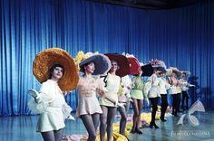 Hats. KLUB KAWALERÓW dir. Jerzy Zarzycki (1962) Vintage Fashion, Hats, Fashion Vintage, Hat, Vintage Style, Hipster Hat, Caps Hats