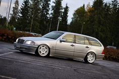 Mercedes-Benz S202 Stance Style on Carlsson wheels