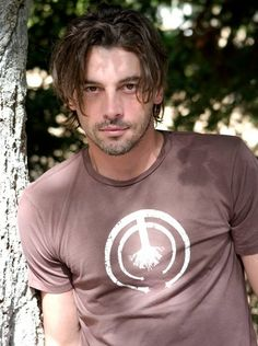 Skeet Ulrich portrays Chip Woolley in the movie 50 to 1.  Follow Skeet on Twitter and see what he has to say.