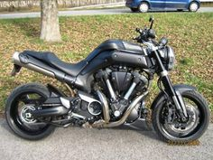 Yamaha-MT-01--Sestu-l72800.jpg (625×469)