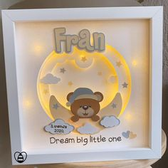 Bee Gifts, Diy Baby Gifts, Personalized Baby Gifts, Newborn Baby Gifts, Pop Up Frame, Baby Gift Wrapping, Baby Mini Album, Circuit Crafts, Baby Boy Room Decor