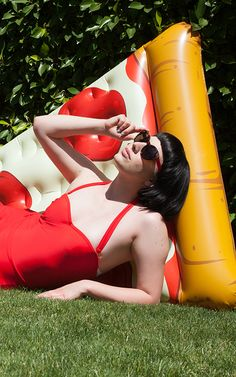 Pool party looks with an irreverent side.