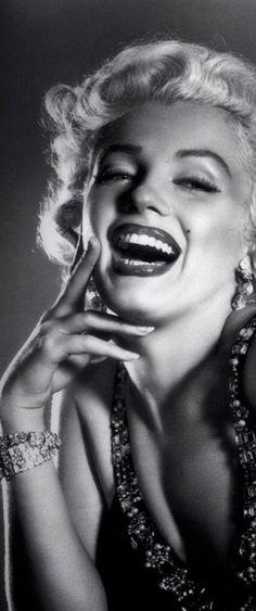 • MARILYN MONROE Marilyn Monroe And Audrey Hepburn, Marilyn Monroe Art, Emma Jane, Statistics, Game Of Thrones Characters