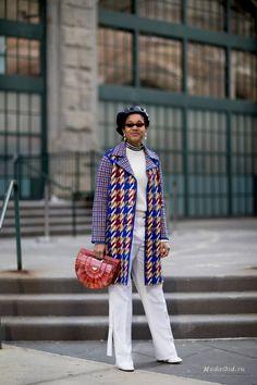 Уличная мода: Уличный стиль на неделе моды в Нью-Йорке сезона осень-зима 2018-2019: первые дни
