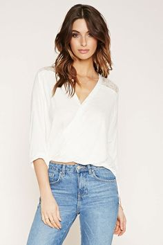 FOREVER 21 Contemporary Lace-Paneled Top