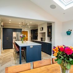 Bespoke kitchens expertly crafted, designed and handmade in Kent from Herringbone Kitchens. Visit our kitchen studio in Canterbury. Kitchen Family Rooms, Living Room Kitchen, Home Decor Kitchen, Kitchen Interior, Home Kitchens, Kitchen Design, Kitchen Ideas, Dining Room, Kitchen Units