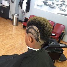 Haircut by barberlele23 http://ift.tt/1SMbsbU #menshair #menshairstyles #menshaircuts #hairstylesformen #coolhaircuts #coolhairstyles #haircuts #hairstyles #barbers