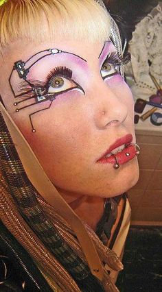 Some great #CyberGoth eyebrows on this #Goth girl