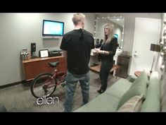 Jennifer Aniston's Hidden Camera Prank on The Ellen Degeneres Show - http://movies.chitte.rs/jennifer-anistons-hidden-camera-prank-on-the-ellen-degeneres-show/