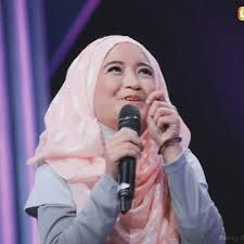 STAND UP COMEDY INDONESIA : MATERI STAND UP COMEDY ARAFAH IRIANTI #GADISDEPOK ...